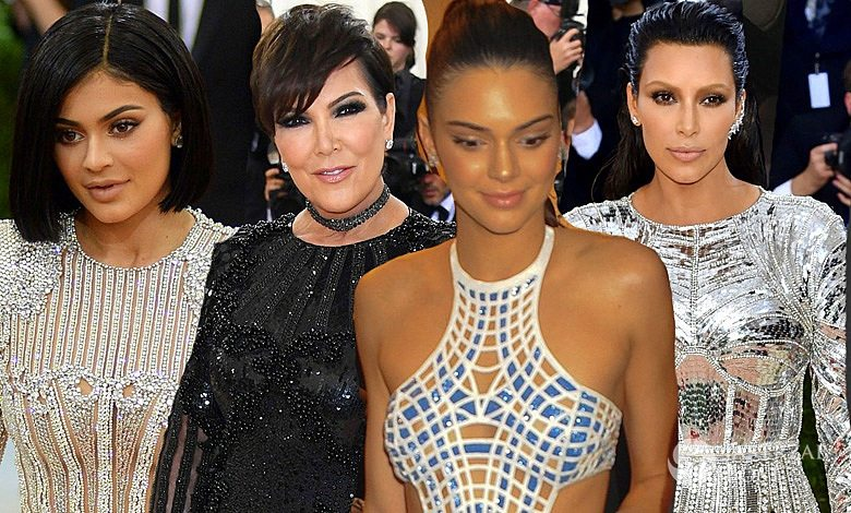 Kardashianki na MET Gala 2016 w kreacjach Balmain