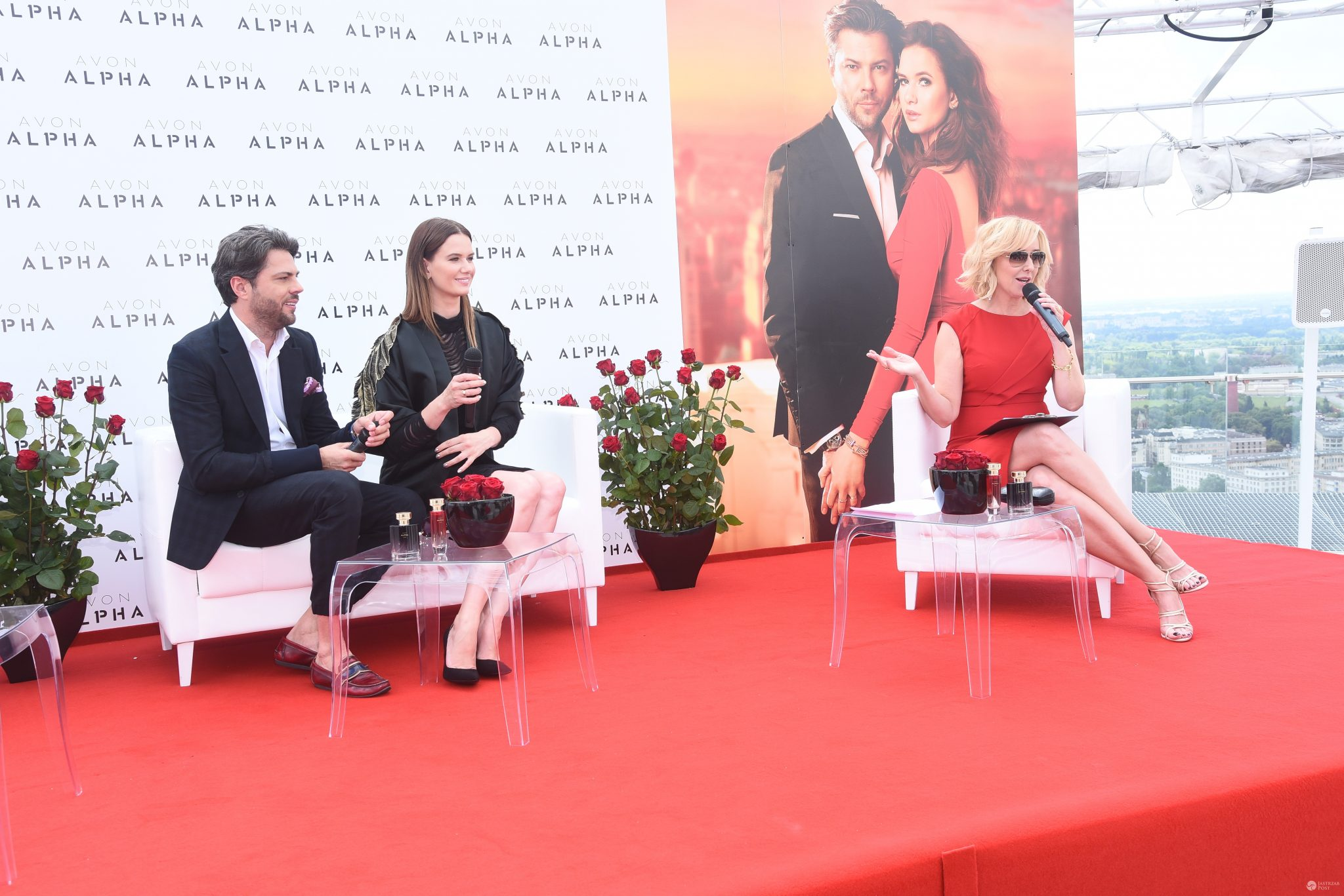 Karolina Malinowska (w kreacji Roberta Czerwika) i Olivier Janiak, premiera perfum Alpha marki Avon. Spotkanie poprowadziła Agata Młynarska (fot. ONS)
