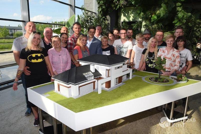 Dom Marzen Wystawiony Na Sprzedaz Ile Kosztuje Piekna Willa