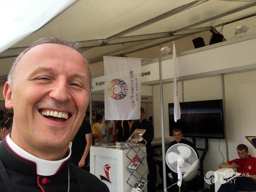 Kim jest Biskup Marek Solarczyk?