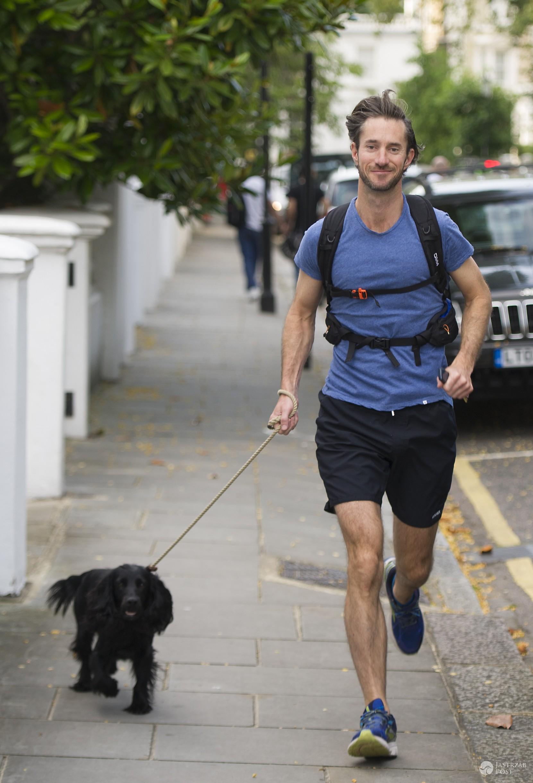 Narzeczony Pippy Middleton James Matthews z psem