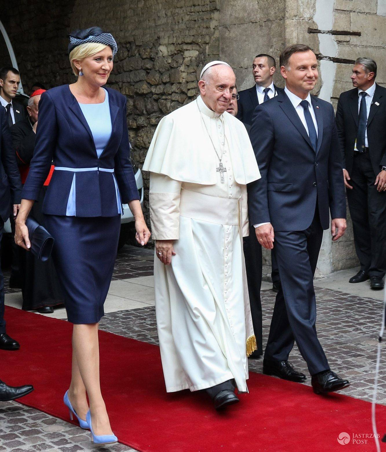 Agata Duda i Andrzej Duda z papieżem Franciszkiem na Zamku Królewskim na Wawelu (fot. East News)