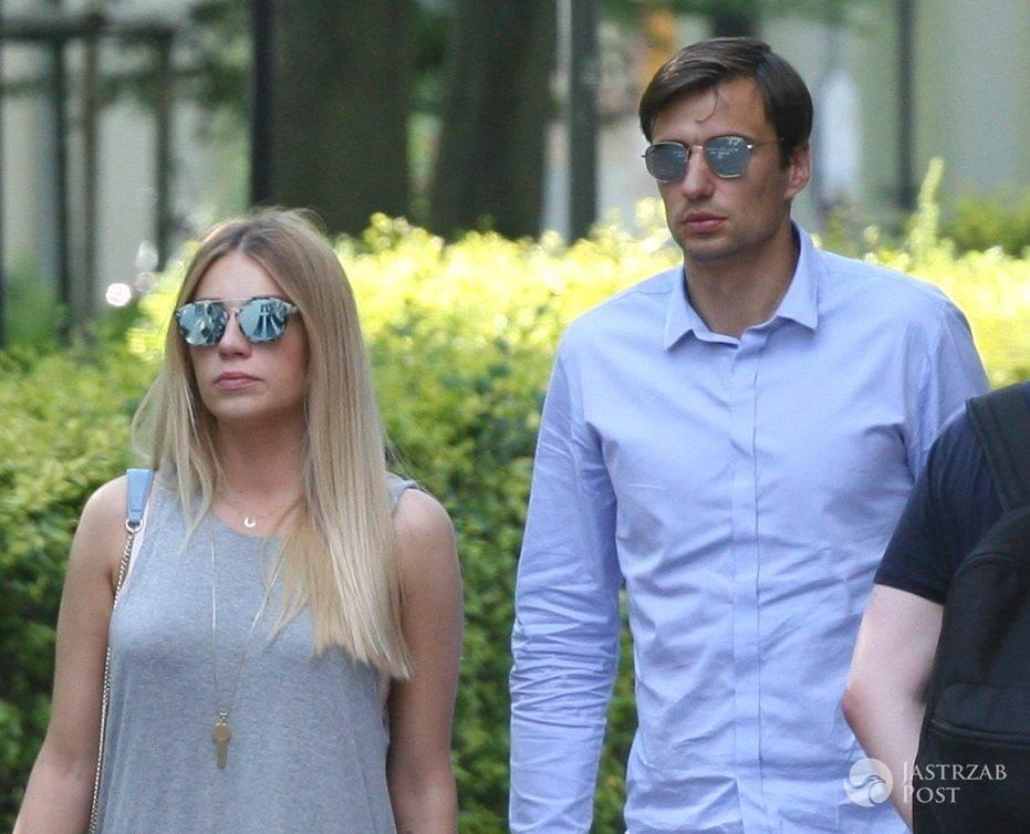 Jarosław Bieniuk i Martyna Gliwińska na spacerze
