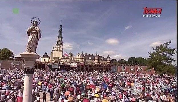 Tłumy pielgrzymów powitały Beatę Szydło na Jasnej Górze