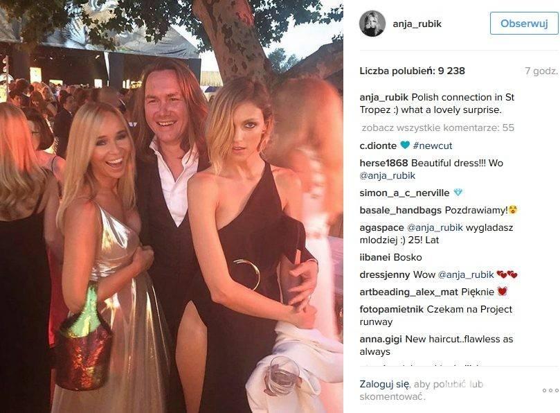 Joanna Przetakiewicz, Tomasz Ossoliński i Anja Rubik (w sukni, którą zaprojektował Anthony Vaccarello) na imprezie fundacji Leonardo DiCaprio