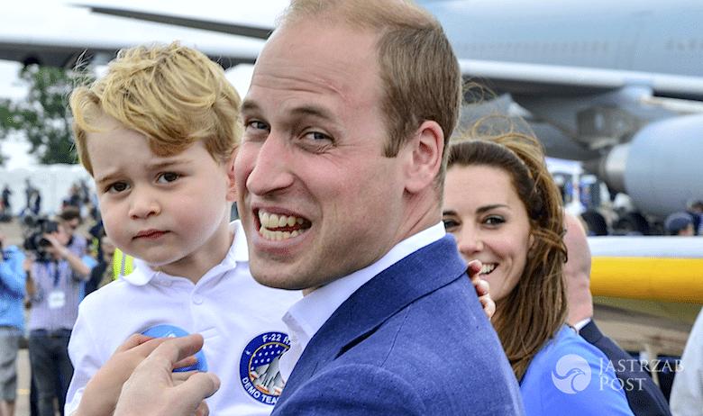 Książę George na lotnisku