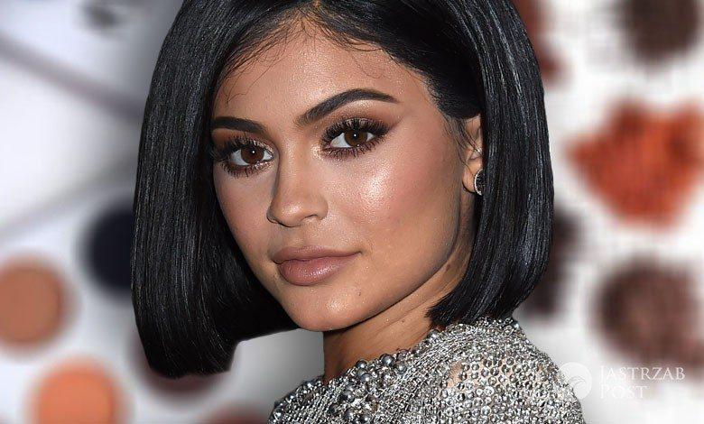 Kolekcja kosmetyków Kylie Jenner powiększyła się o cienie do powiek Kyshadow (fot. ONS)
