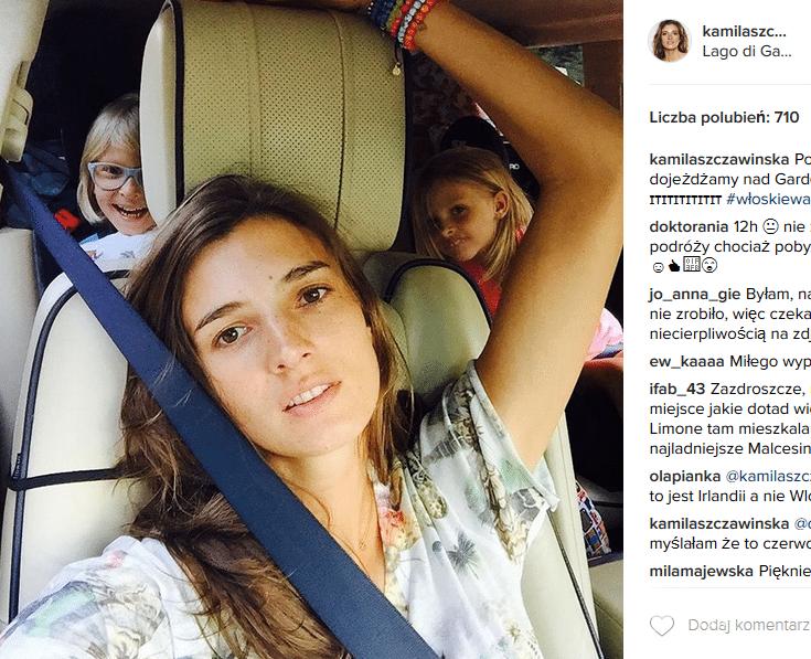 Kamila Szczawińska z dziećmi