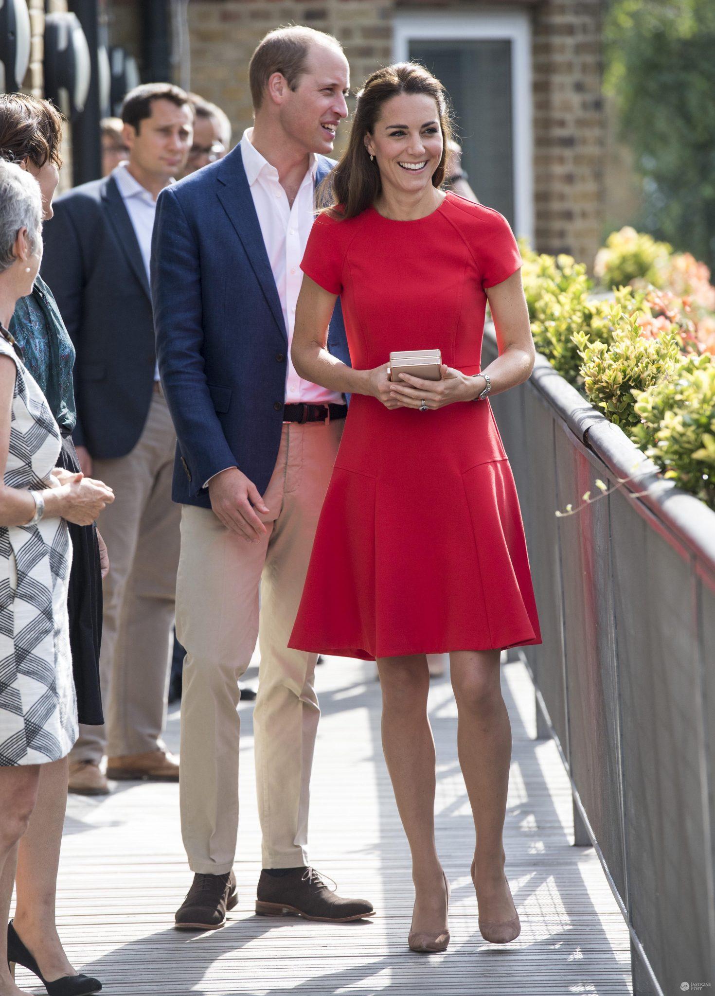 Księżna Kate i książę William pieką ciasteczka