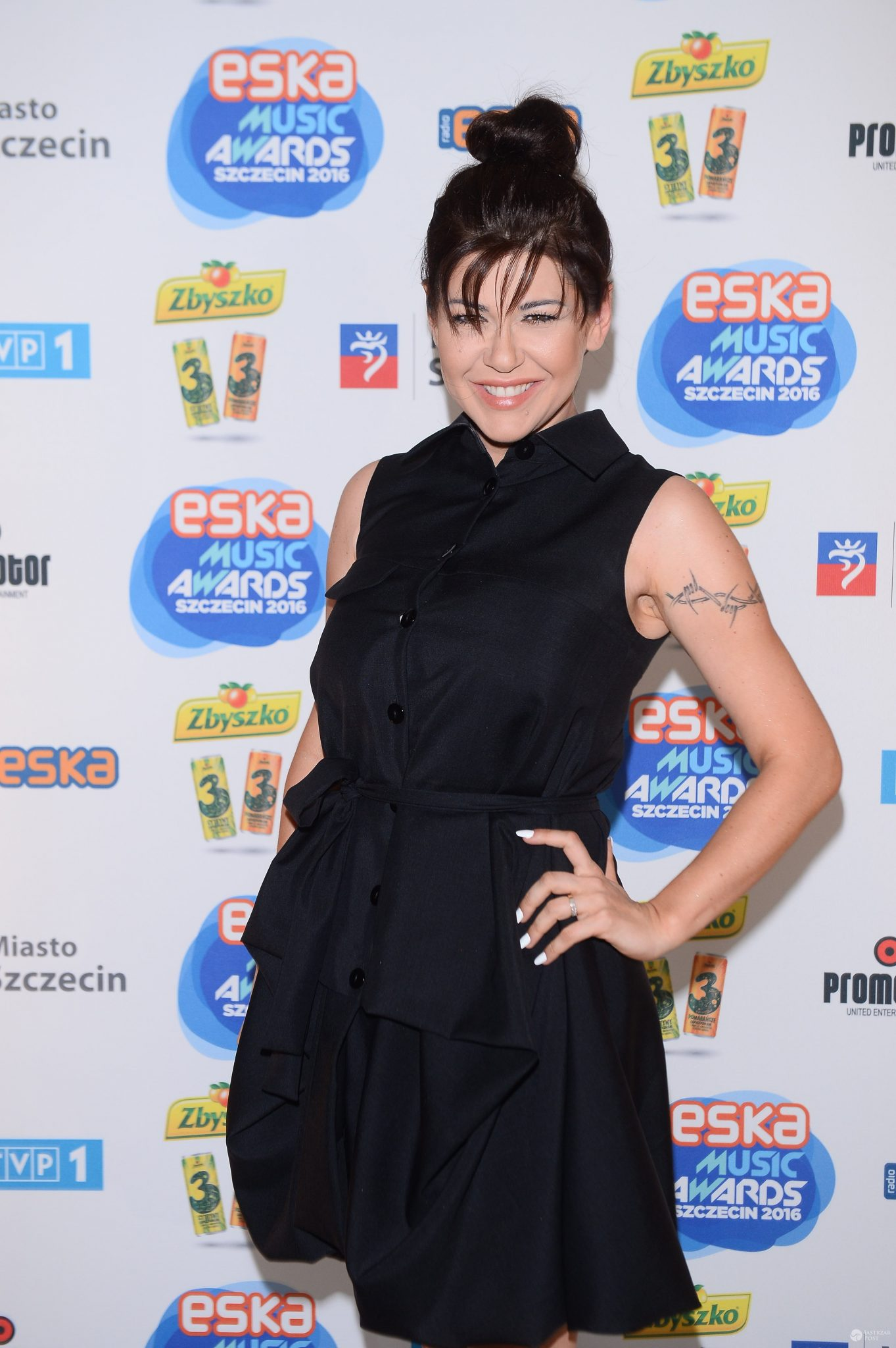 Skromna Iwona Węgrowska na ESKA Music Awards 2016