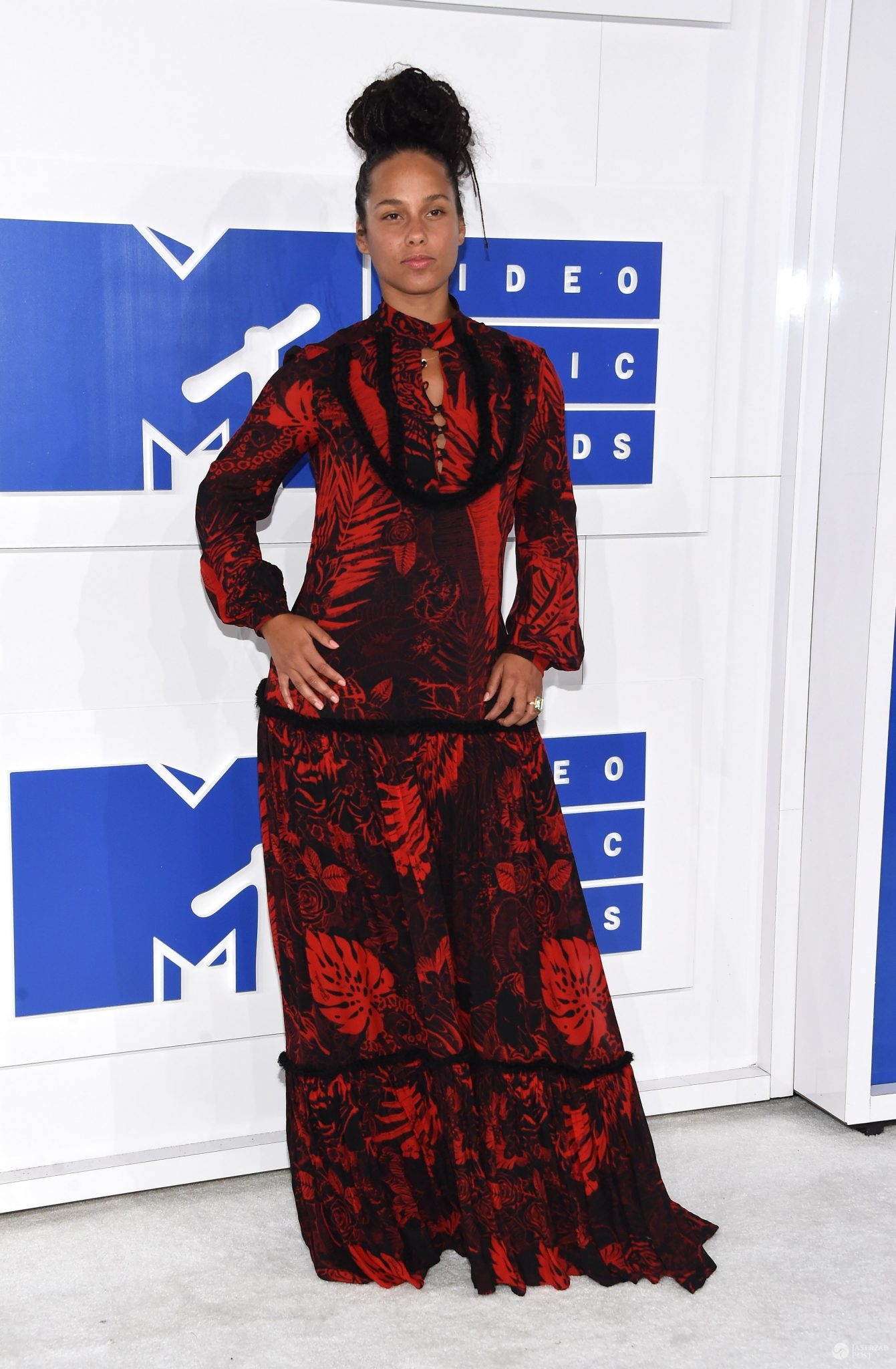 Alicia Keys - MTV Video Music Awards 2016