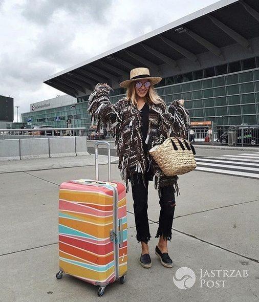 Jessica Mercedes w swetrze Chaos by Marta Botiglova