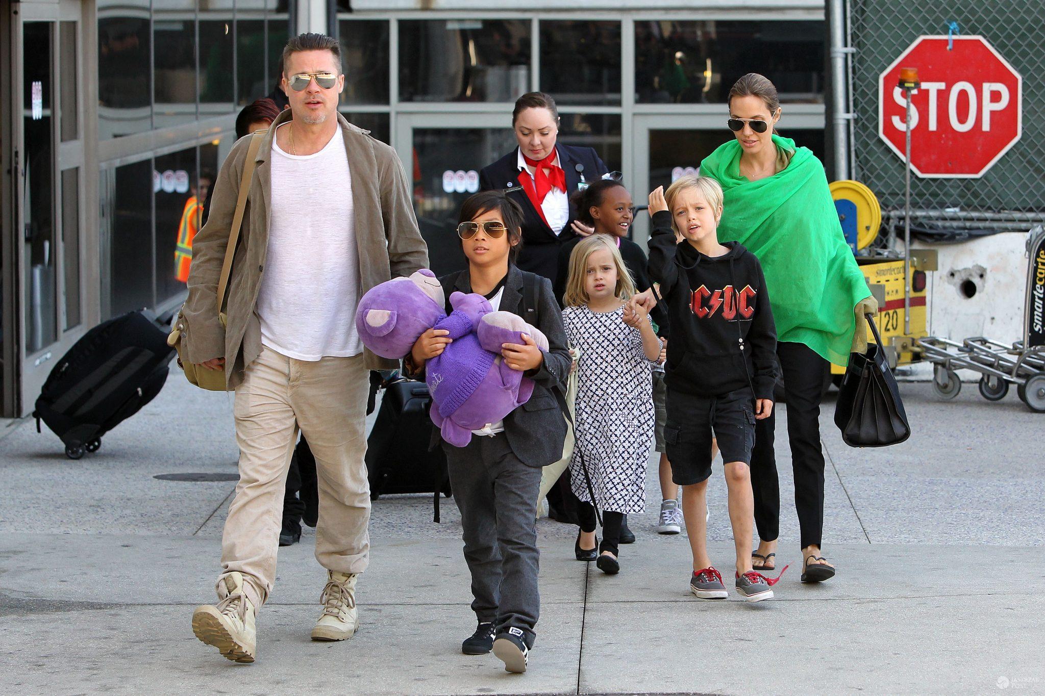 Dzieci Angeliny Jolie i Brada Pitta żyły w patologii?