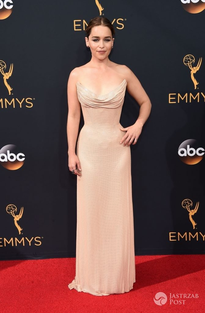 Emilia Clarke - Emmy Awards 2016