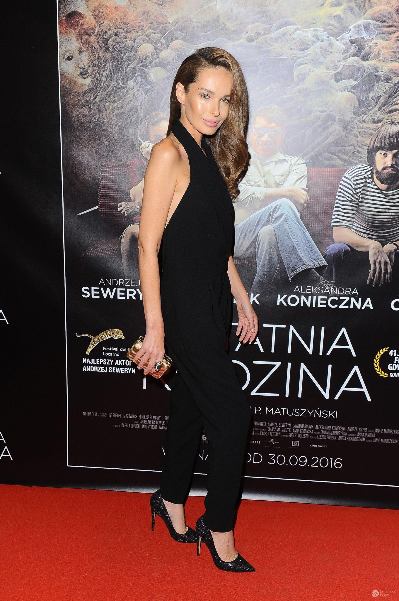 Katarzyna Sowińska na premierze filmu Ostatnia rodzina. Zdjęcia 2016