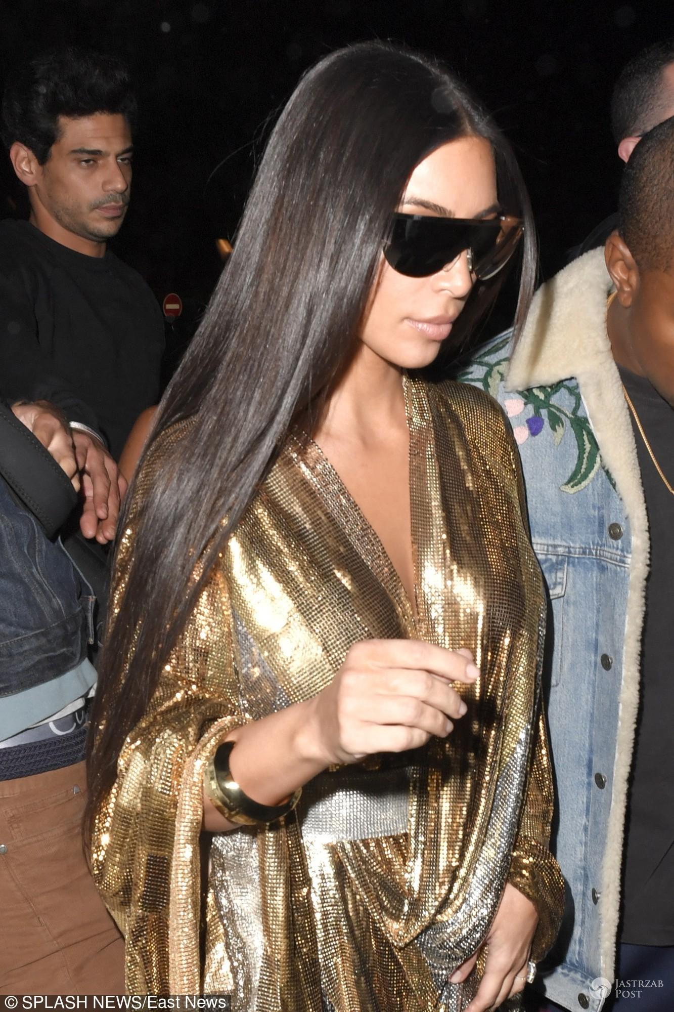 Kim Kardashian w drodze na pokaz Balmain