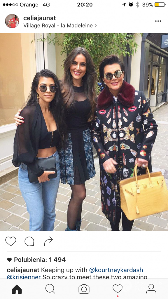 Celia Jaunat, Kourtney Kardashian, Kris Jenner na Fashion Week w Paryżu