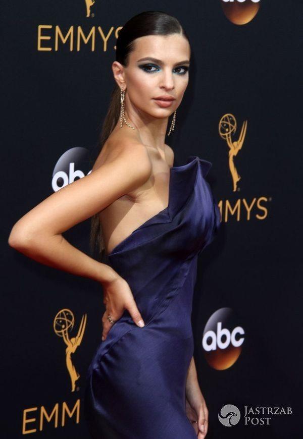 Emily Ratajkowski na gali Emmy 2016