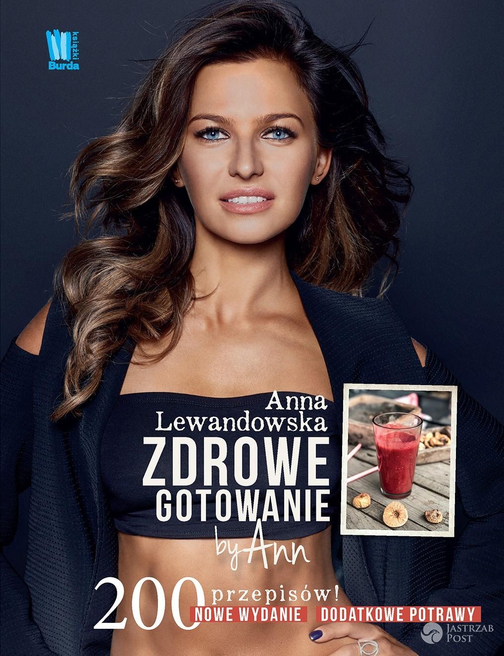 Anna Lewandowska ma zeza na okładce książki?