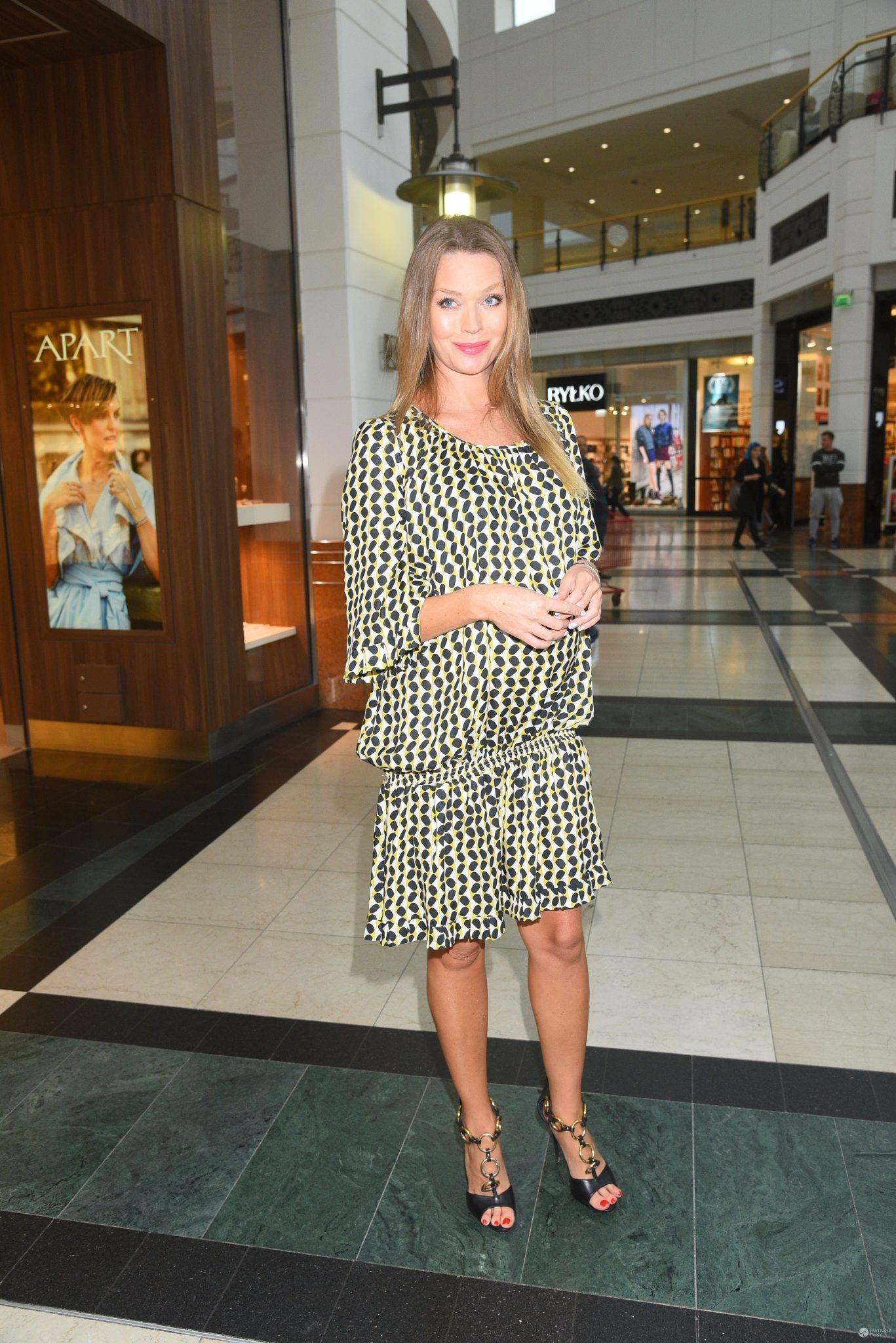 Tamara Arciuch w sukience LookBook
