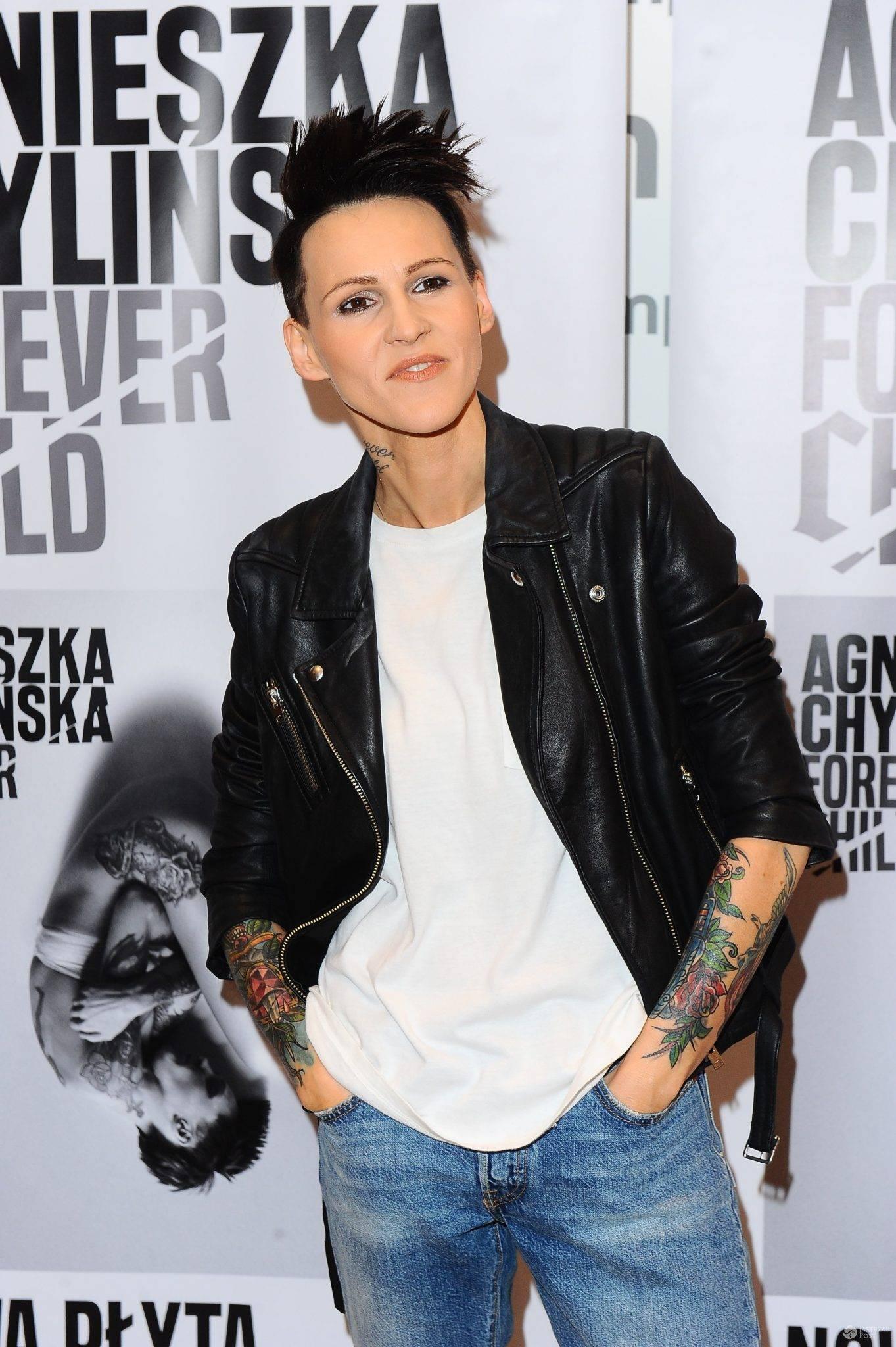 Agnieszka Chylińska podczas spotkania z fanami w Empiku w Warszawie 2016