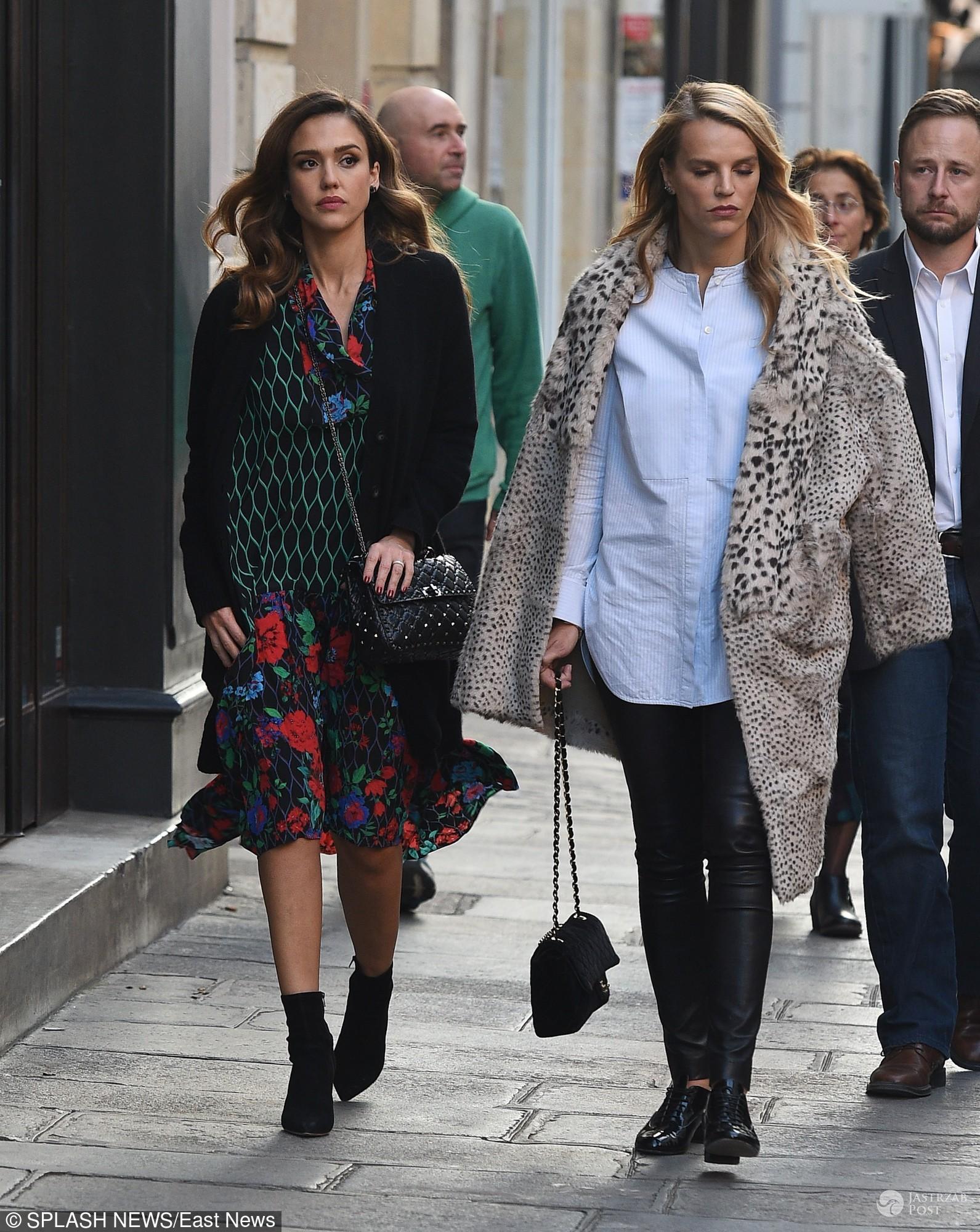 Jessica Alba w ubraniach z kolekcji Kenzo x H&M