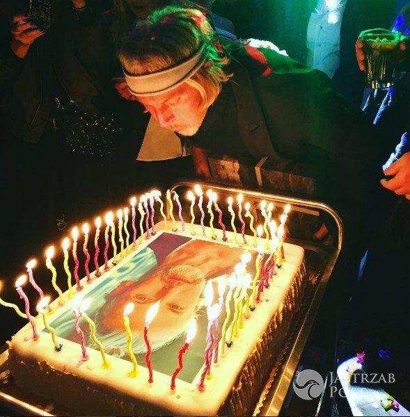 tort urodzinowy Roberta Kupisza