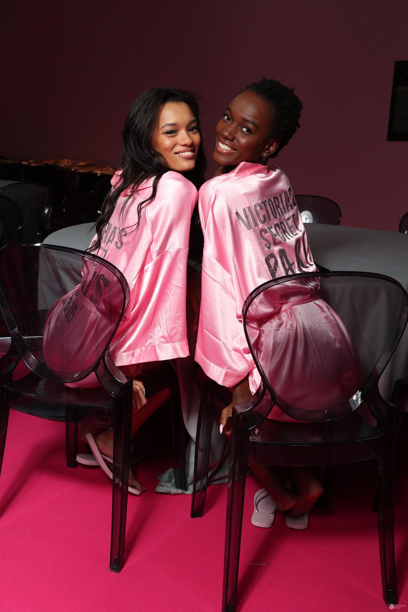 Lameka Fox i Maria Borges - pokaz Victoria's Secret 2016