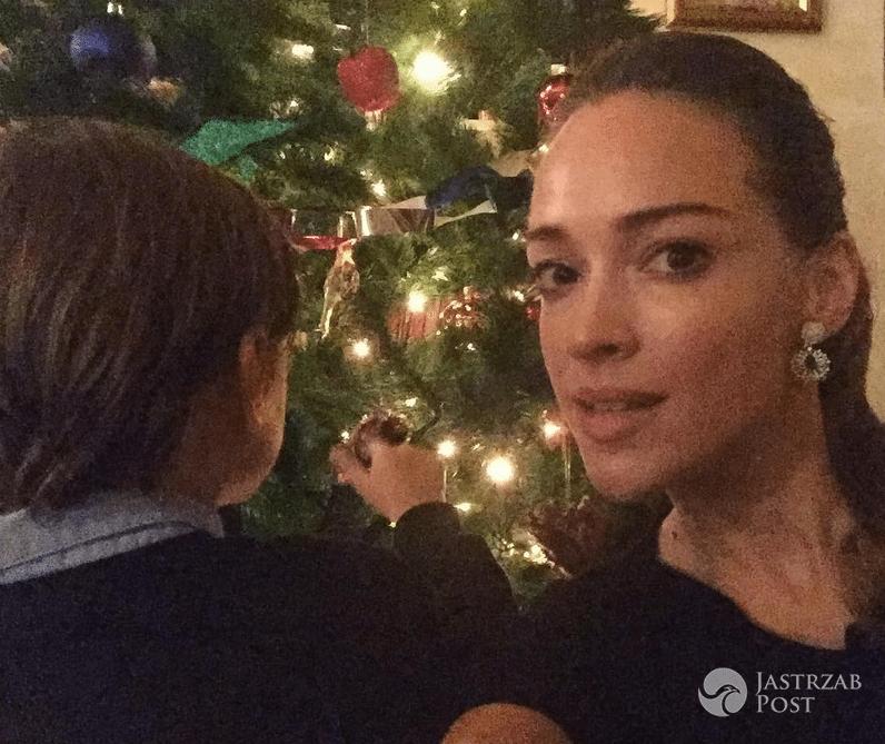 Alicja Bachleda-Curuś z synem Henrym - zdjęcia z Wigilii i świąt 2016