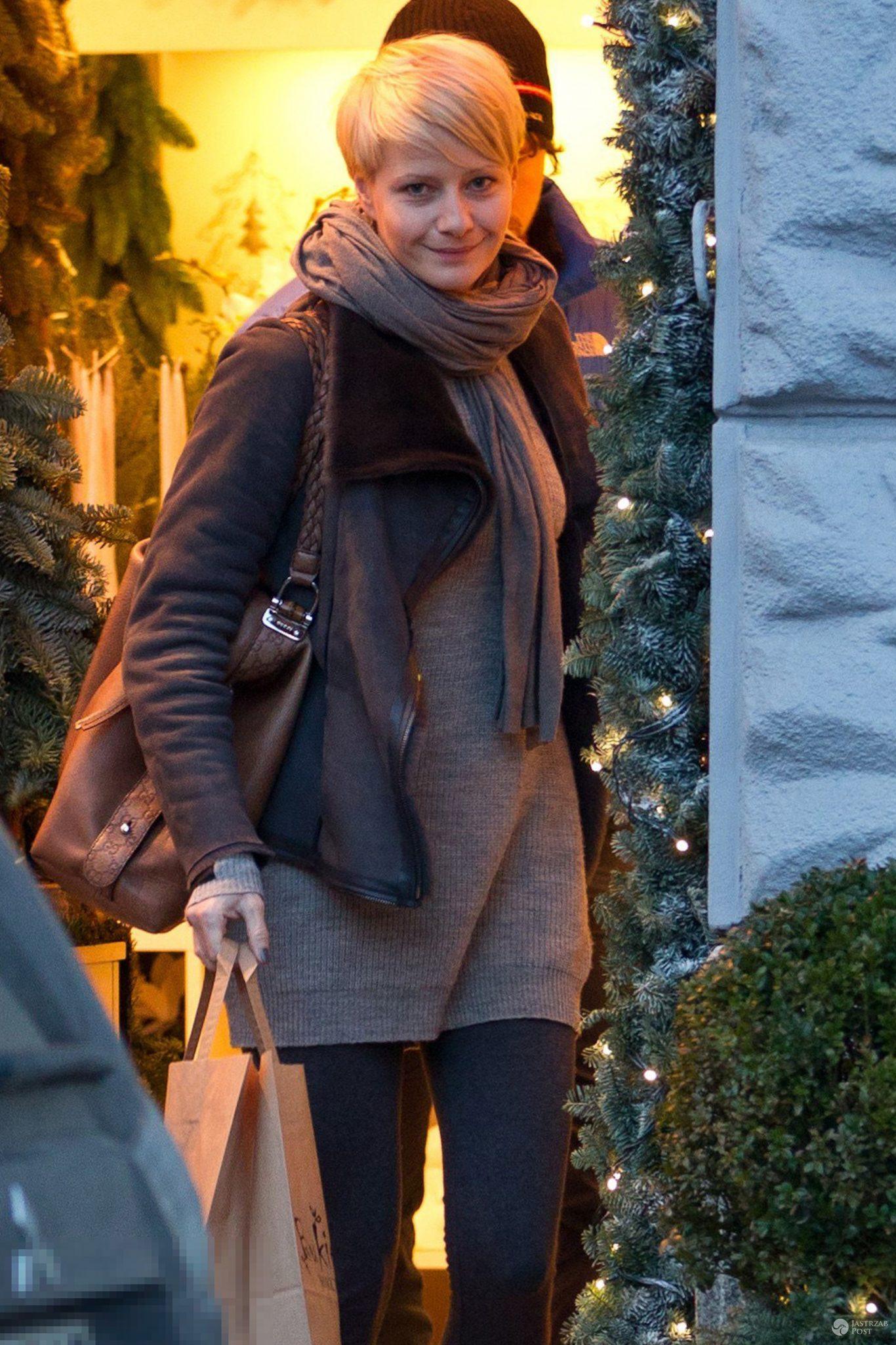 Polskie gwiazdy przyłapane na świątecznych zakupach! Jakie prezenty kupiły? [PAPARAZZI] - Małgorzata Kożuchowska na przedświątecznych zakupach 2016