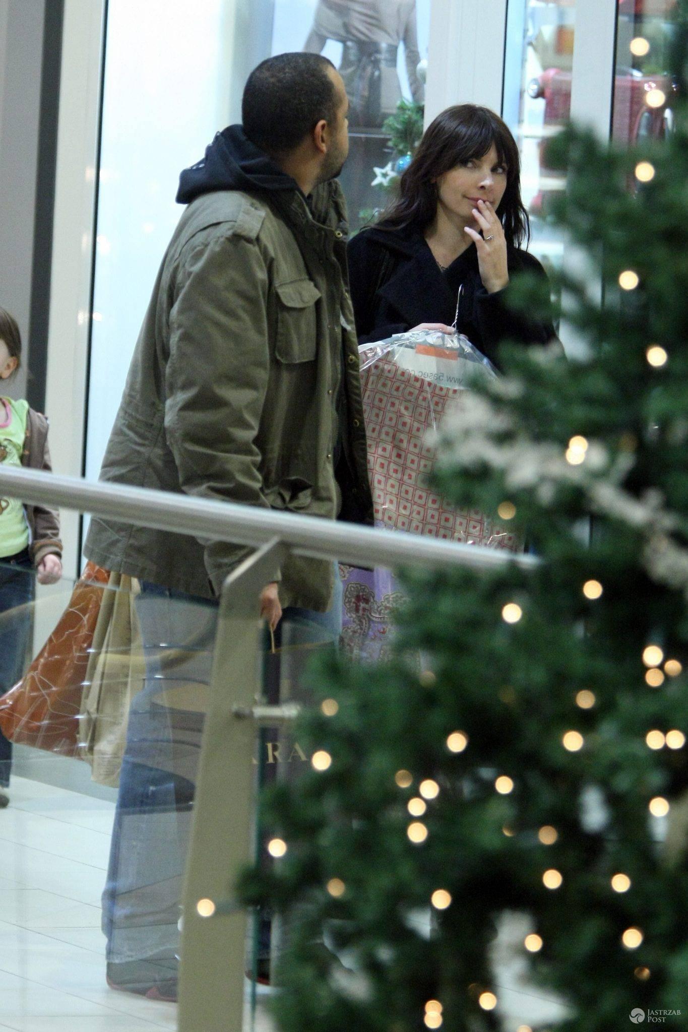 Agnieszka Dygant na zakupach świątecznych z partnerem