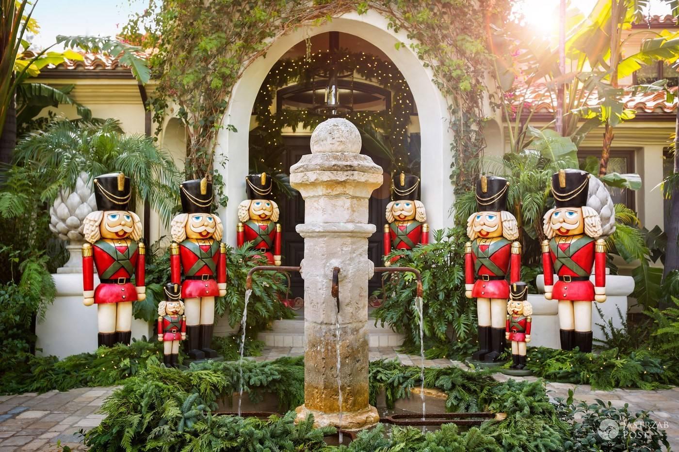 Świąteczne dekoracje domu Kris Jenner