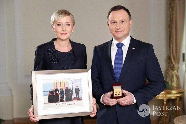 Zdjęcie Pani Prezydentowej Agaty Kornhauser-Dudy - ponad 33 tysiące złotych