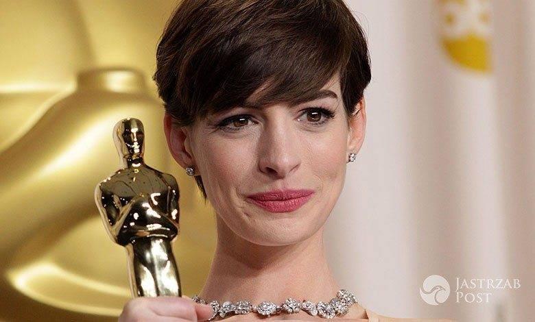Anne Hathaway z Oscarem
