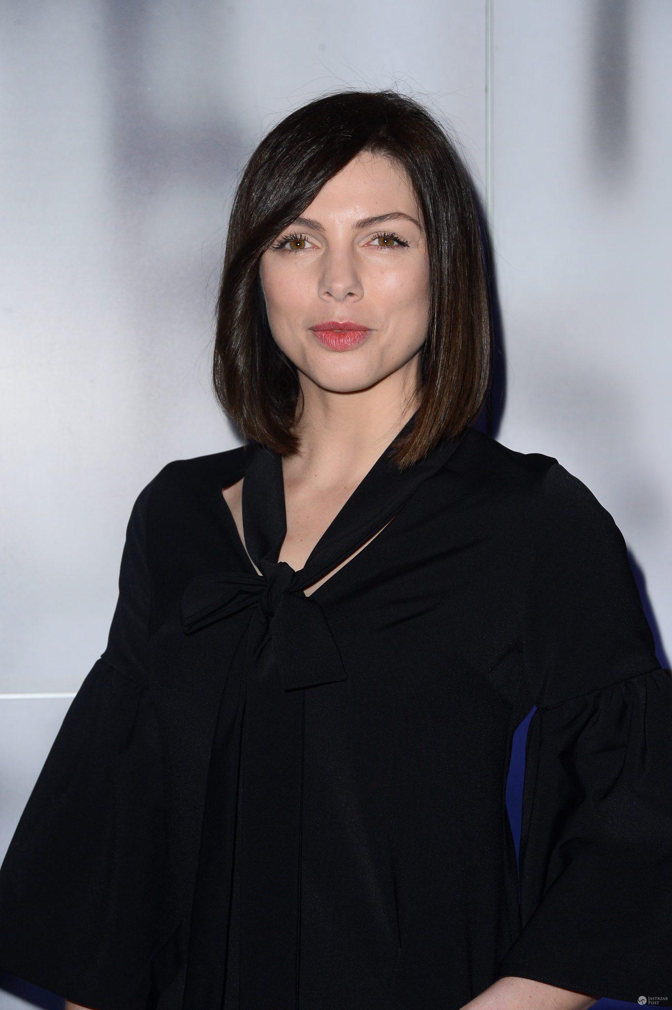 Karolina Gorczyca w krótkich włosach na otwarciu szkoły tańca Michała Malitowskiego. Zdjęcia
