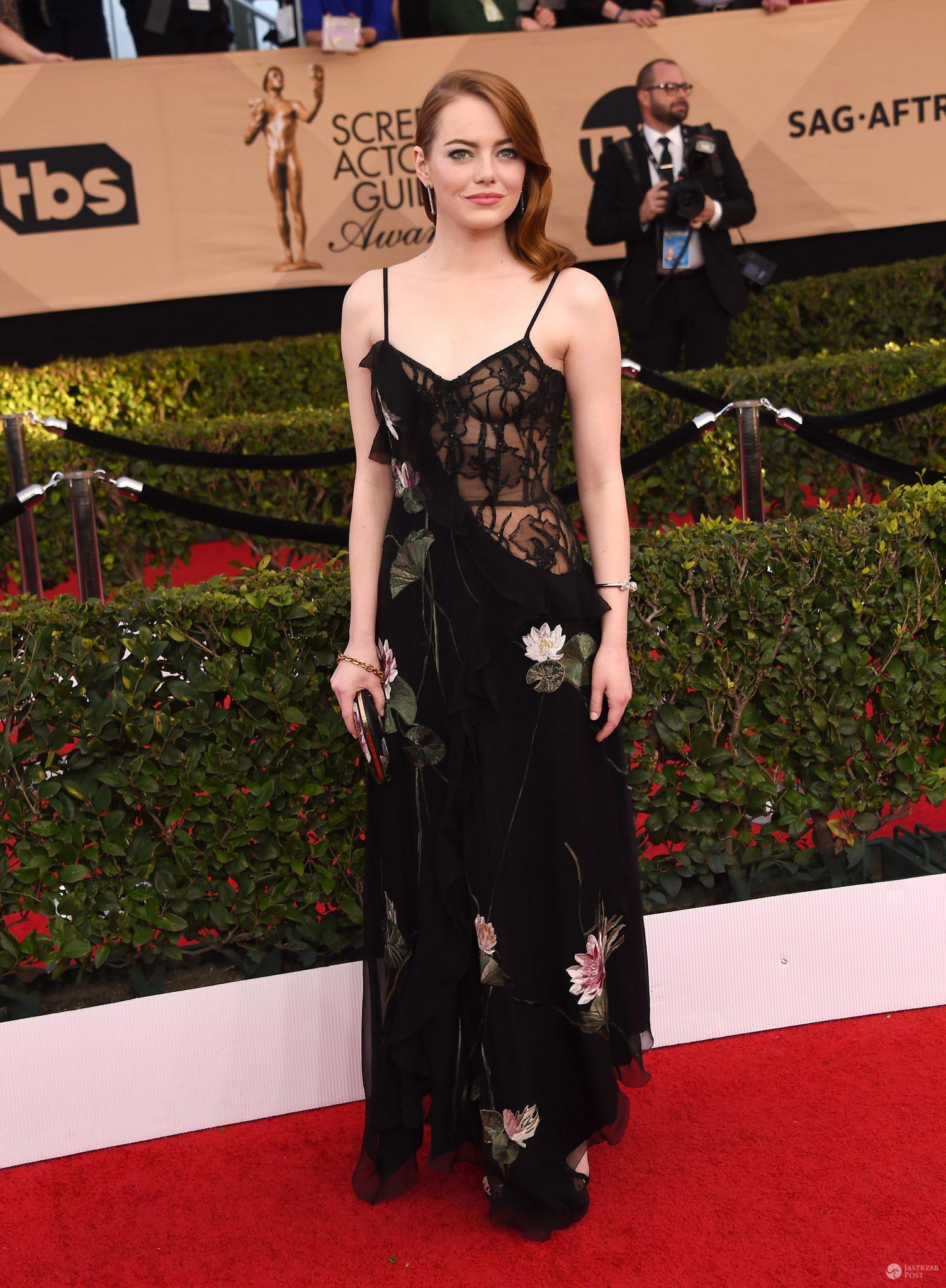 Emma Stone w kreacji Alexander McQueen - SAG Awards 2017