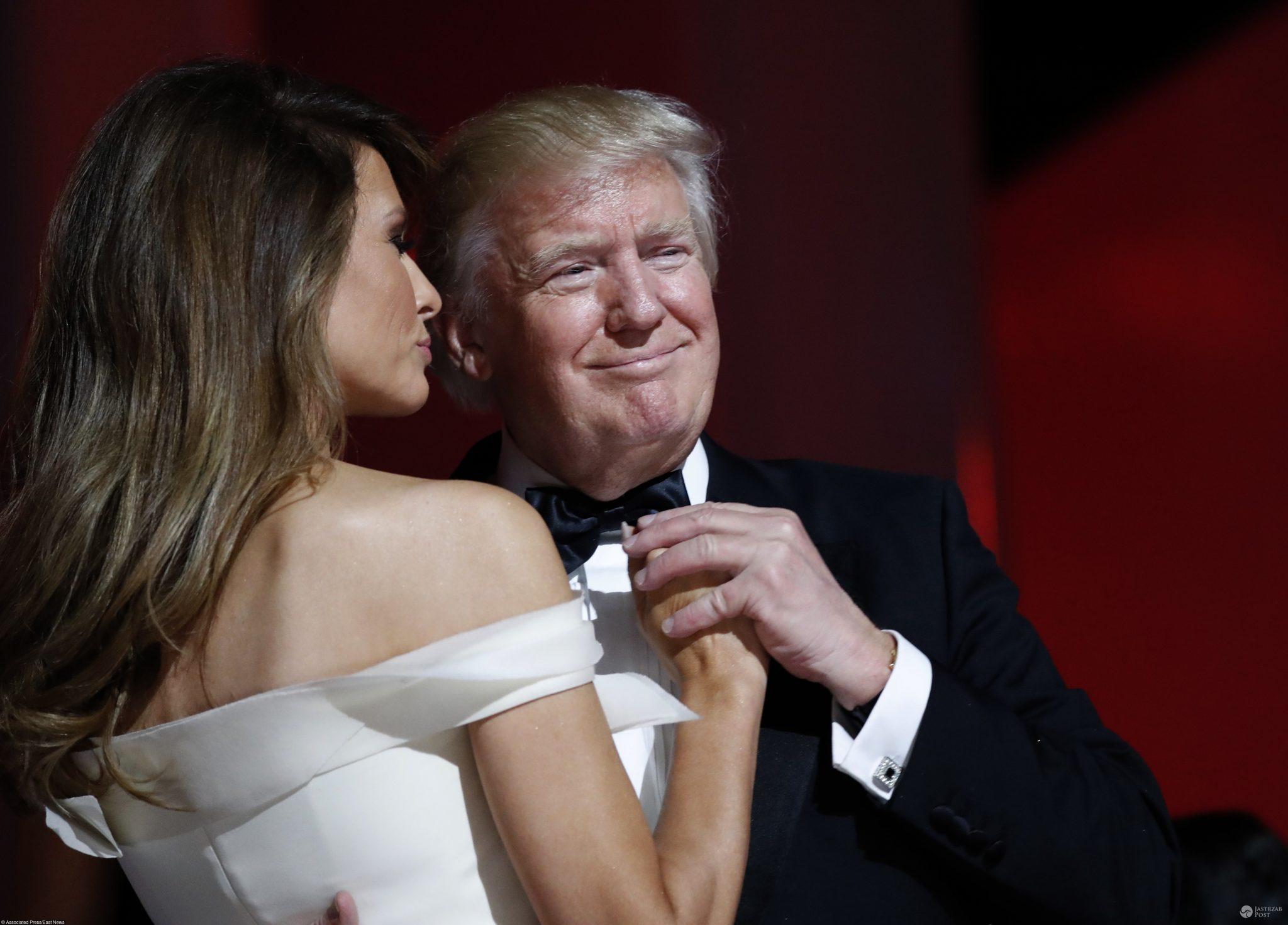 Donald Trump i Melania - pierwszy taniec po zaprzysiężeniu