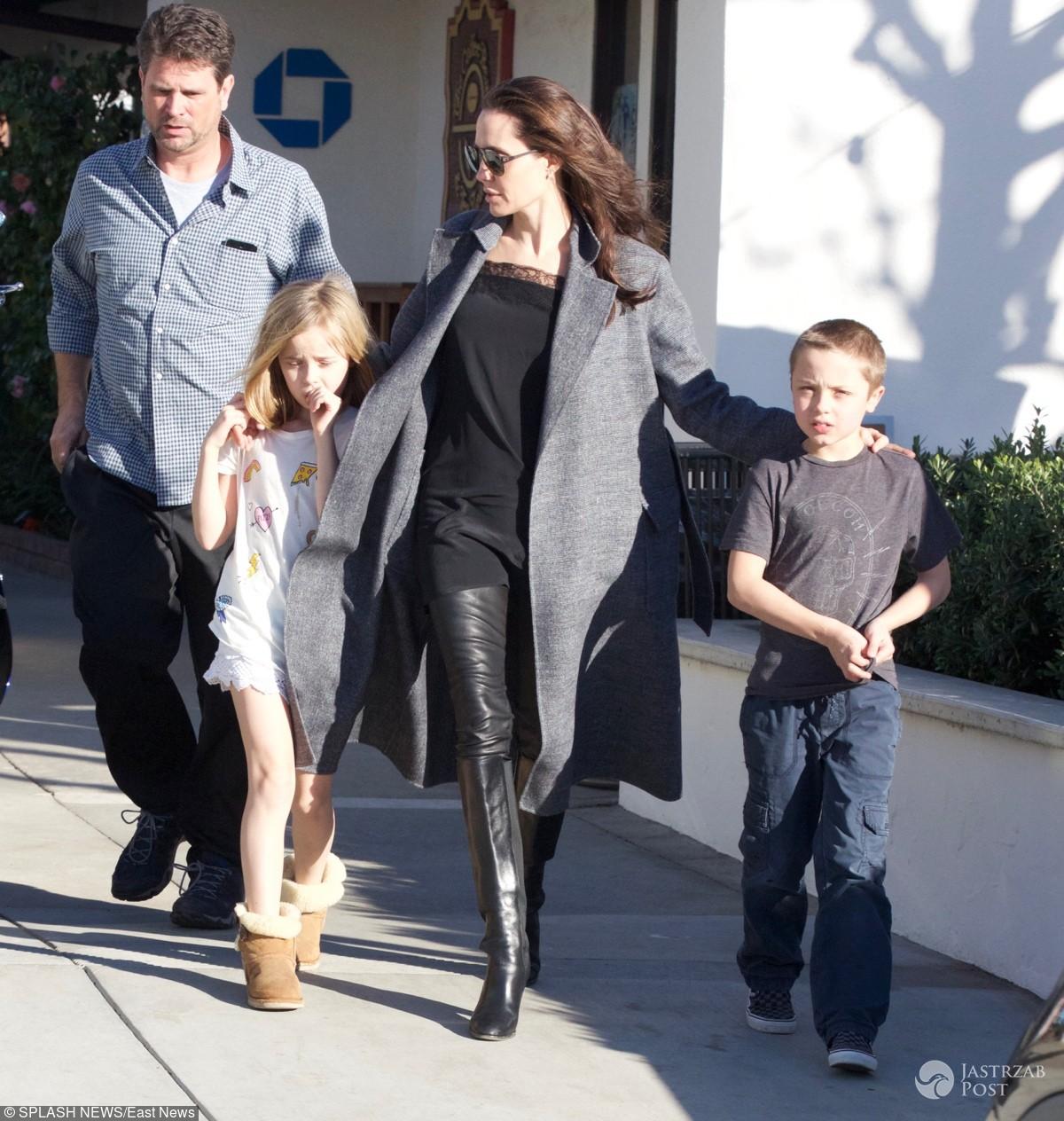 Angelina Jolie na zakupach z dziećmi