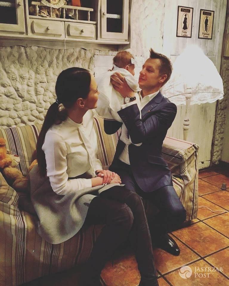 Rafał Mroczek pokazał zdjęcia z chrzcin córki
