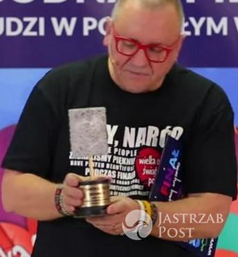 Jurek Owsiak pumeks z serduszkiem - antynagroda dla Jacka Kurskiego