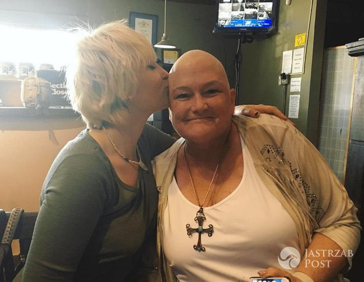 Paris Jackson wspiera swoją mamę Debbie Rowe w walce z rakiem - Instagram