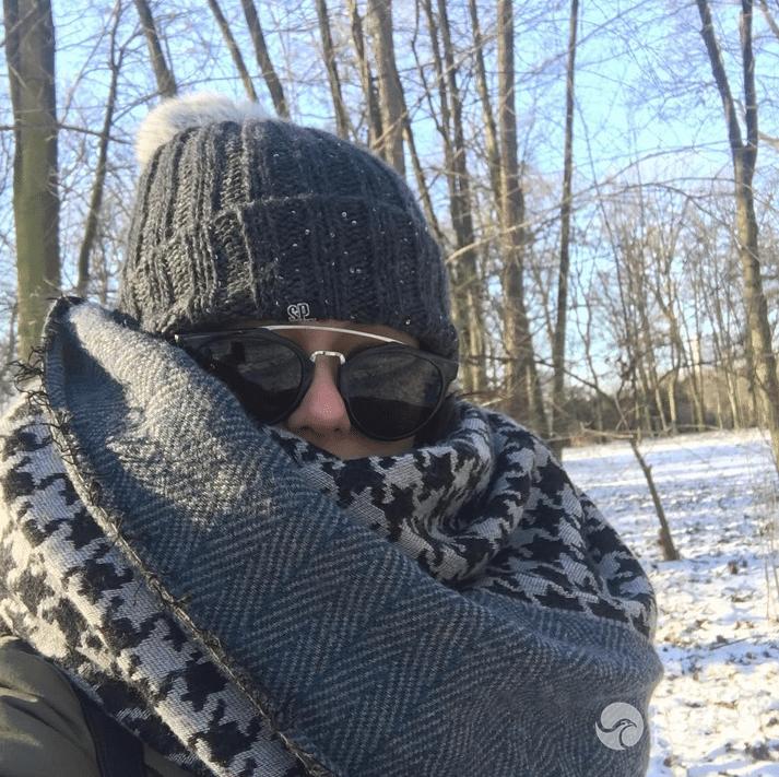 Kasia Cichopek na zimowym spacerze - Instagram