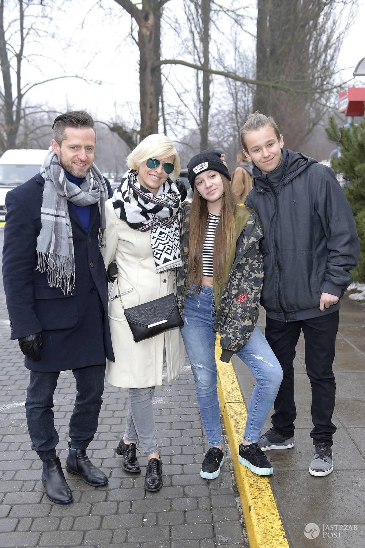 Marta Wiśniewska z dziećmi Xavierem i Fabienne na Noworocznym Obiedzie z gwiazdzami 2017 w Jeff's
