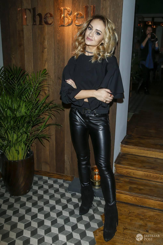 Sylwia Nowak - gwiazdy w restauracji The Bell w Warszawie