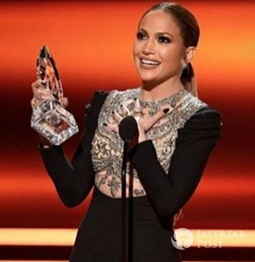 Jennifer Lopez z nagrodą People's Choice Awards 2017