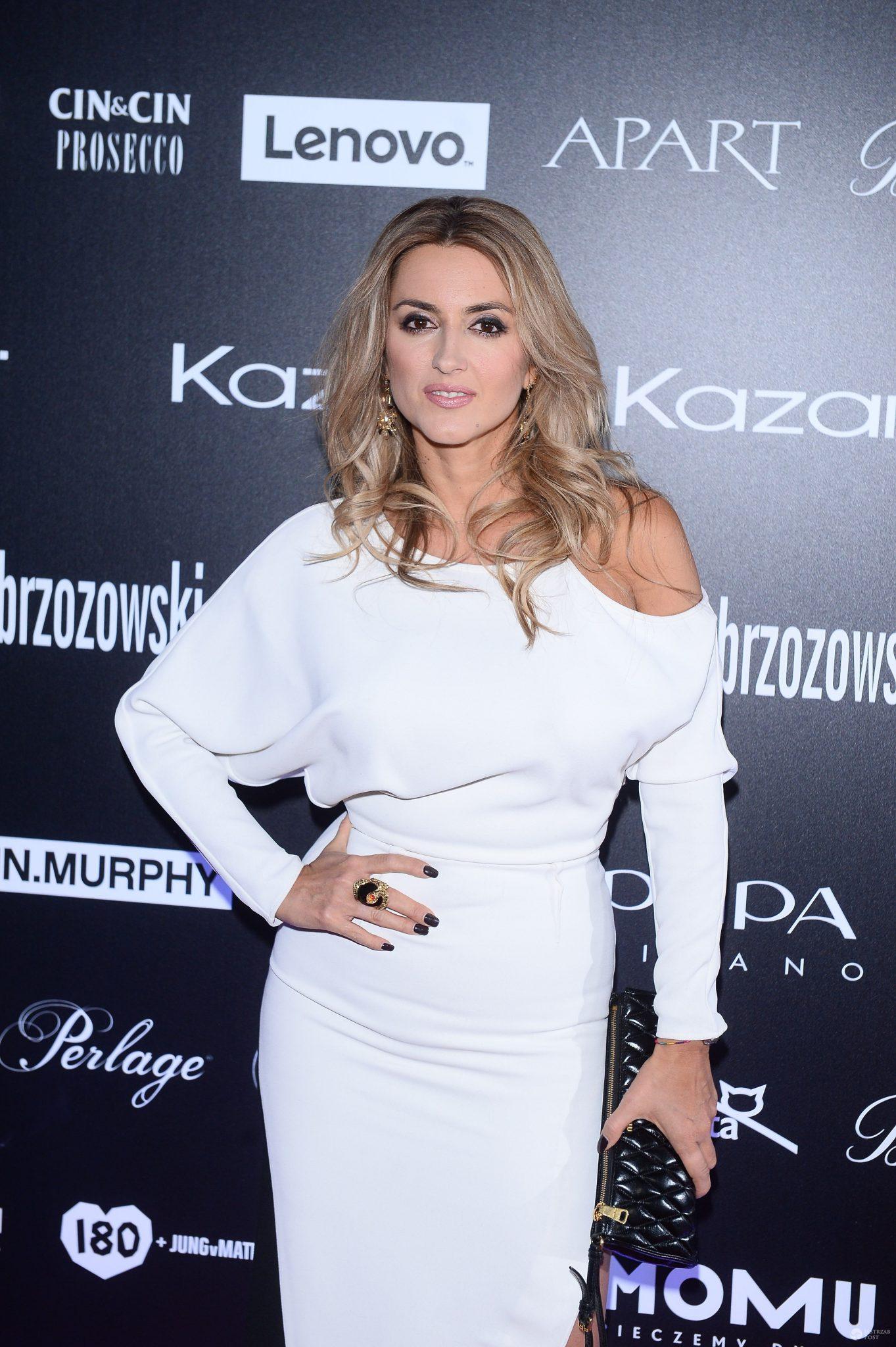 Karolina Szostak na pokazie Paprocki & Brzozowski i najnowszej kolekcji butów marki Kazar 2017, stylizacje