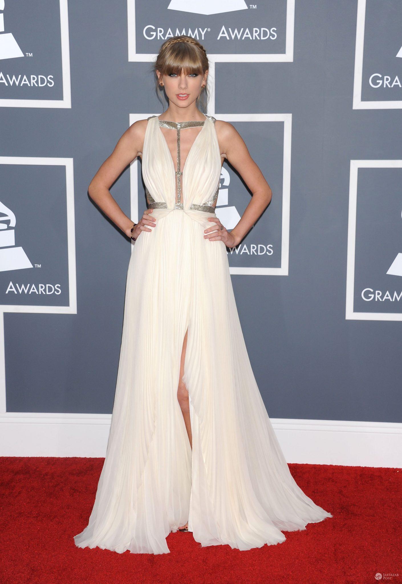 Taylor Swift w kreacji J. Mendel - Grammy 2013