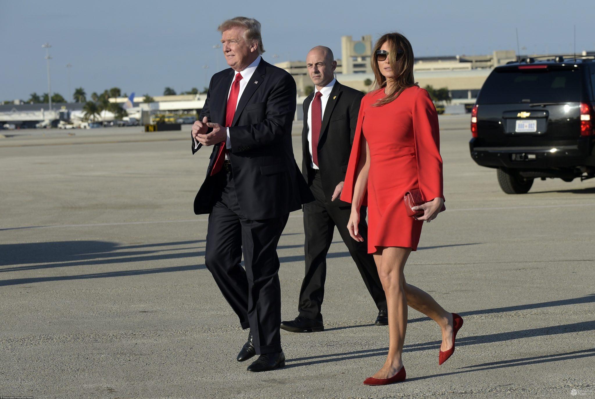 Donald Trump i Melania Trump w sukience mini