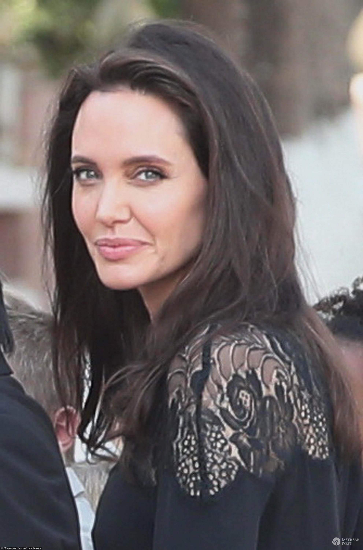 Z kim ma romans Angelina Jolie?