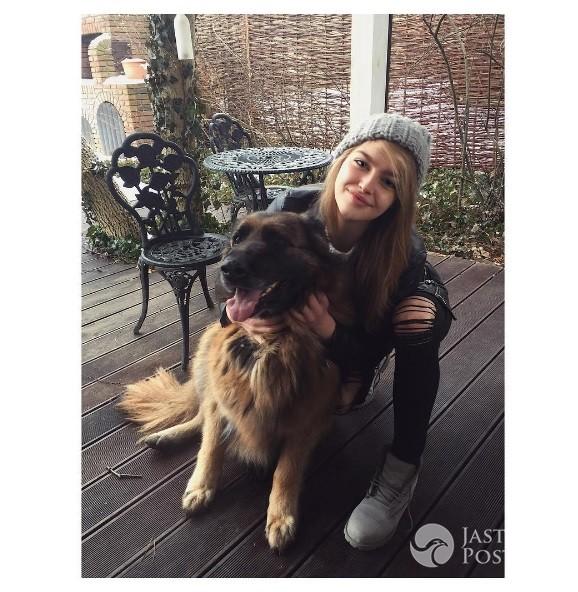 Karolina Pisarek z psem - Instagram